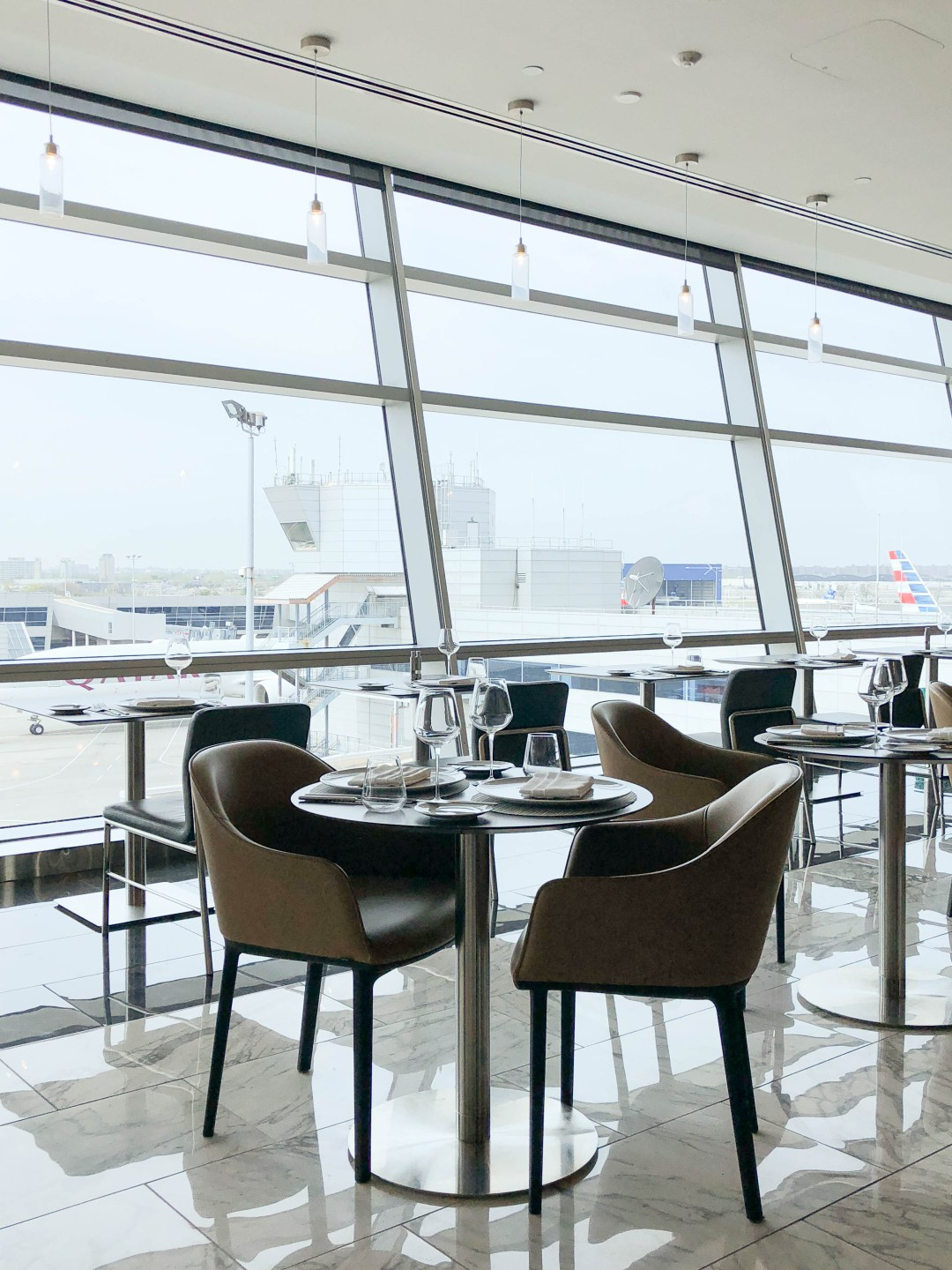 American Airlines Flagship First dining