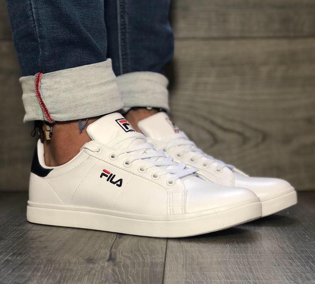 nike y adidas zapatillas