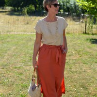 Outfit of the week: Terracotta skirt