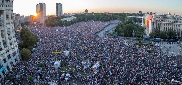 10-august-2018-Gaze-Lacrimogene-la-Protestul-din-Piata-Victoriei-Foto-Octav-Dragan-EUROPAFM.RO-0040