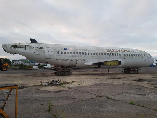 HA-SHA Boeing 737 Solyom Airways