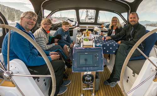Kos i båten Harmony