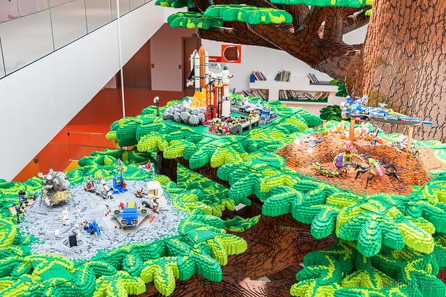 LEGO House 05