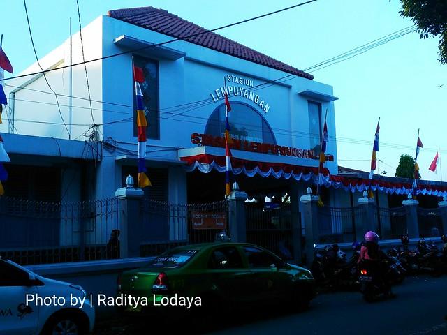 Kereta Api Bandung Jogja (4): Stasiun Lempuyangan