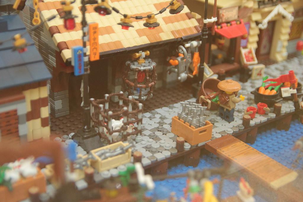 Ninjago Diorama by Felix Mezei - docks detail