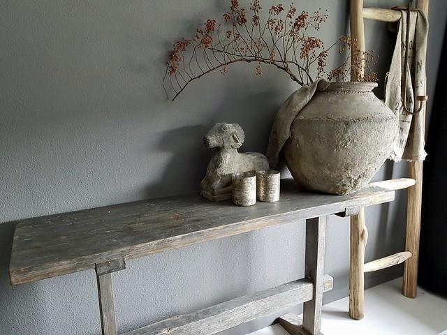Sidetable kruik stenen ram