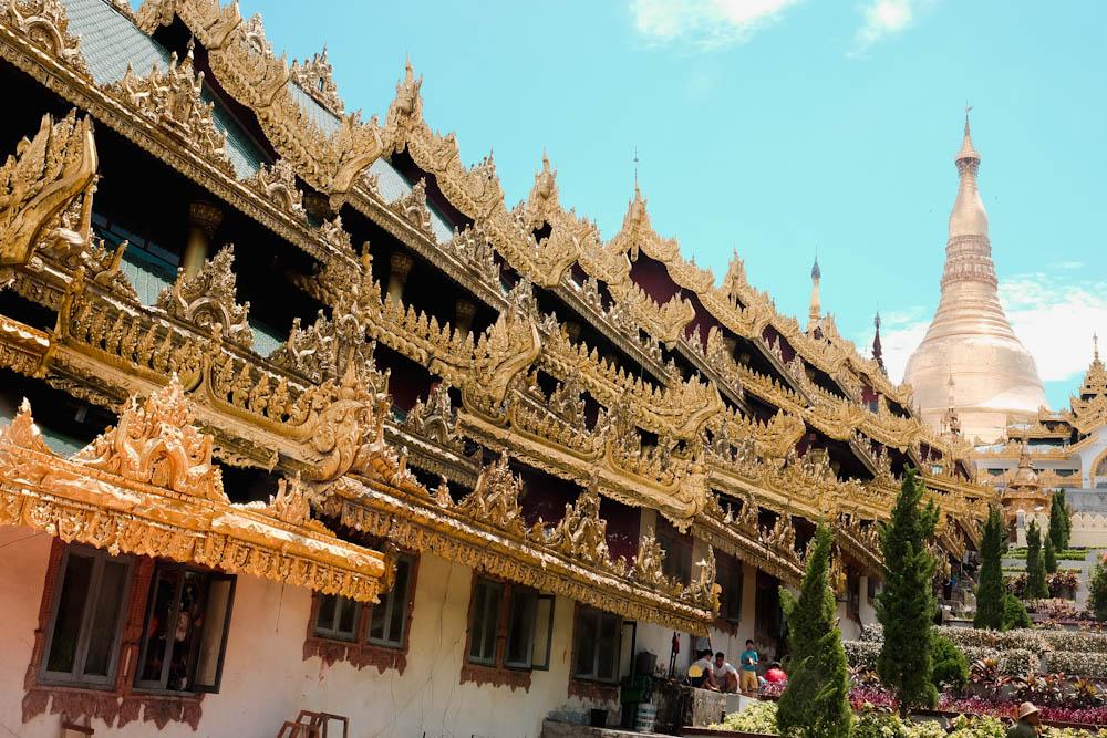 Shwedagon Pagoda Yangon Attraction-17