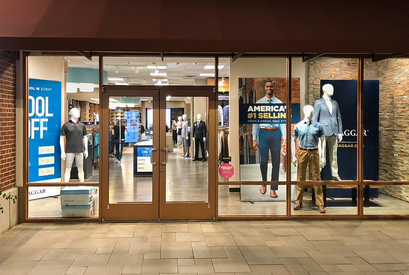 Freestanding SEG Signage at Haggar Clothing Co.