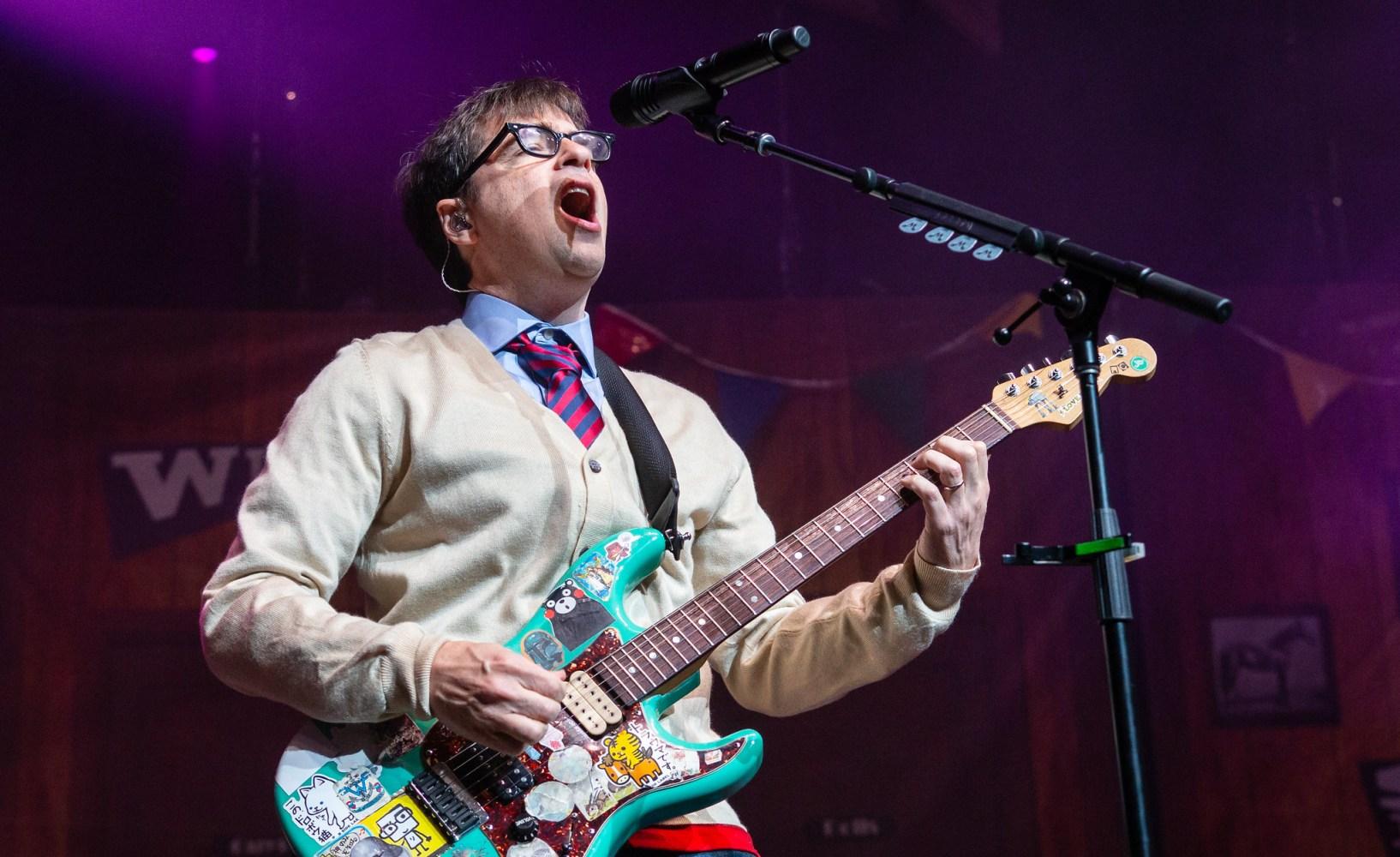 Weezer - Riverbend Music Center Cincinnati, OH - 7/6/18