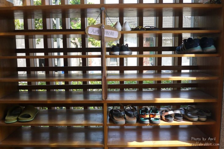 42874603002 575e169419 b - 台中獨立書房│羅布森書蟲房-號稱台中最美的森林系書店