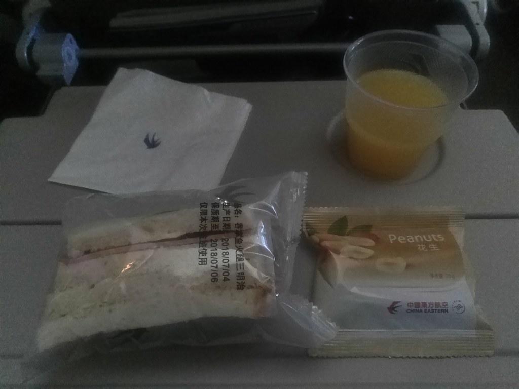 La comida de los aviones. ¿Deliciosa o asquerosa?