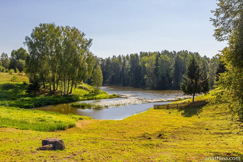 Залив озера Мстино