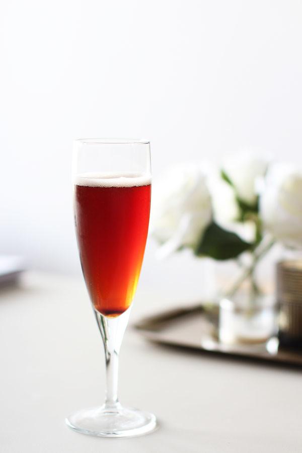 blakcurrant_peach_sparkling_wine_recipe