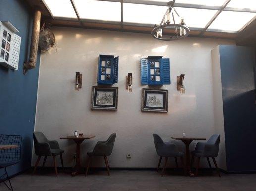 mahfil cafe