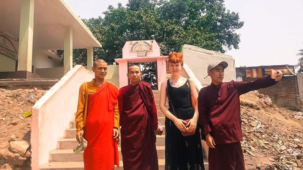 Ihmiskohtaamiset 6 - Myanmarin munkit