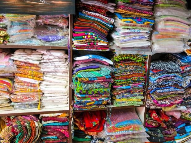 Comprar telas en Jaisalmer