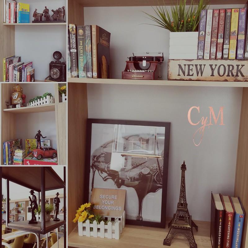 Book & Borders Café