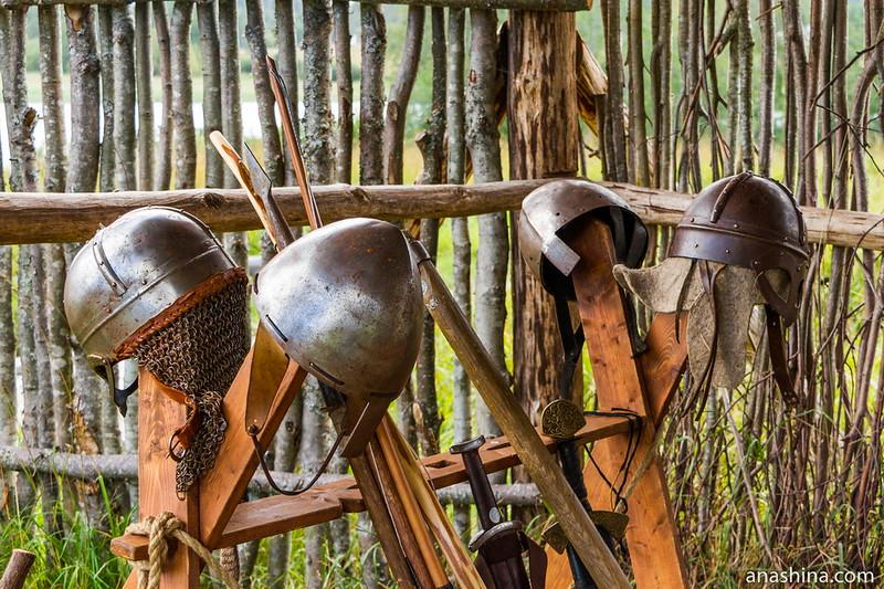 Шлемы викингов, музей живой истории эпохи викингов Бьоркагард, Берёзово