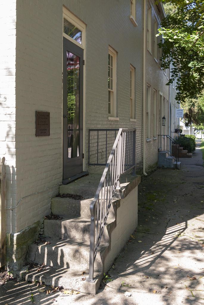 Centerville door