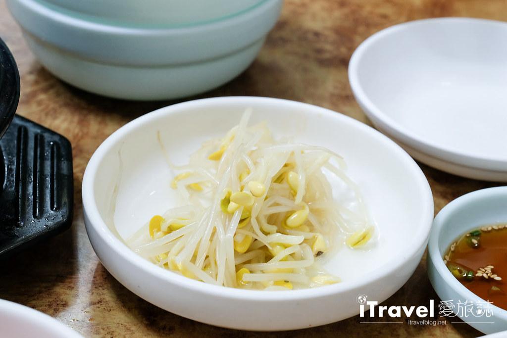 釜山地雷餐廳 五福蔘雞湯 (15)