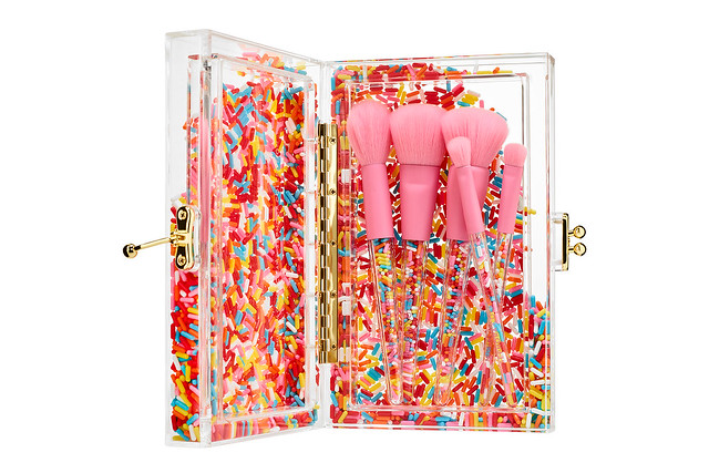 https---hypebeast.com-wp-content-blogs.dir-6-files-2018-09-museum-of-ice-cream-sephora-makeup-collaboration-2