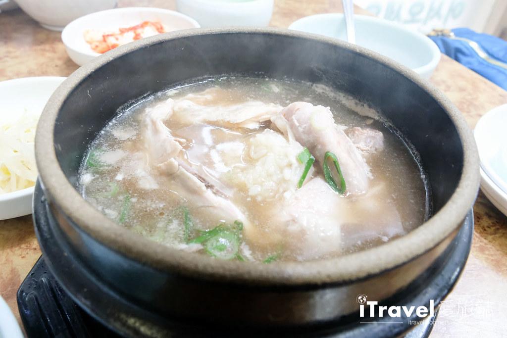 釜山地雷餐廳 五福蔘雞湯 (18)