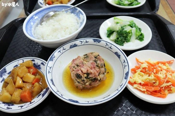 30615055068 4d7fb488e8 b - 聯歡小西門|台中超過40年老字號懷舊盒餐,燉肉飯、蛋黃瓜仔肉飯好吃!