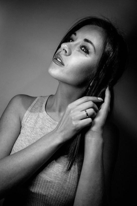 Leica CL 18mm Portrait