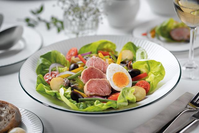 Frisée Salad, Bacon, Poached Egg, Croutons 02