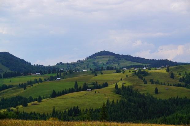 Tihuța Pass
