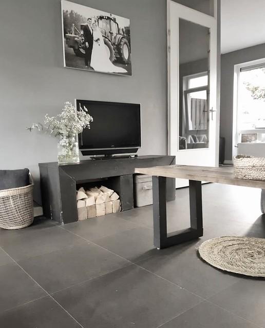 Zwarte tv meubel hout gipskruid