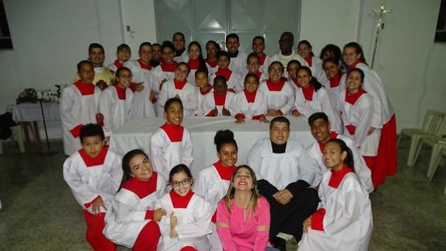 Investidura de novos coroinhas e cerimoniários Sagrado Coração de Jesus