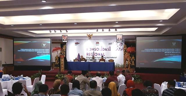 Suasana Konsolidasi Regional Peningkatan Partisipasi Pemilih untuk pemilu 2019 di INNA Grand Bali Beach Hotel (12/9)