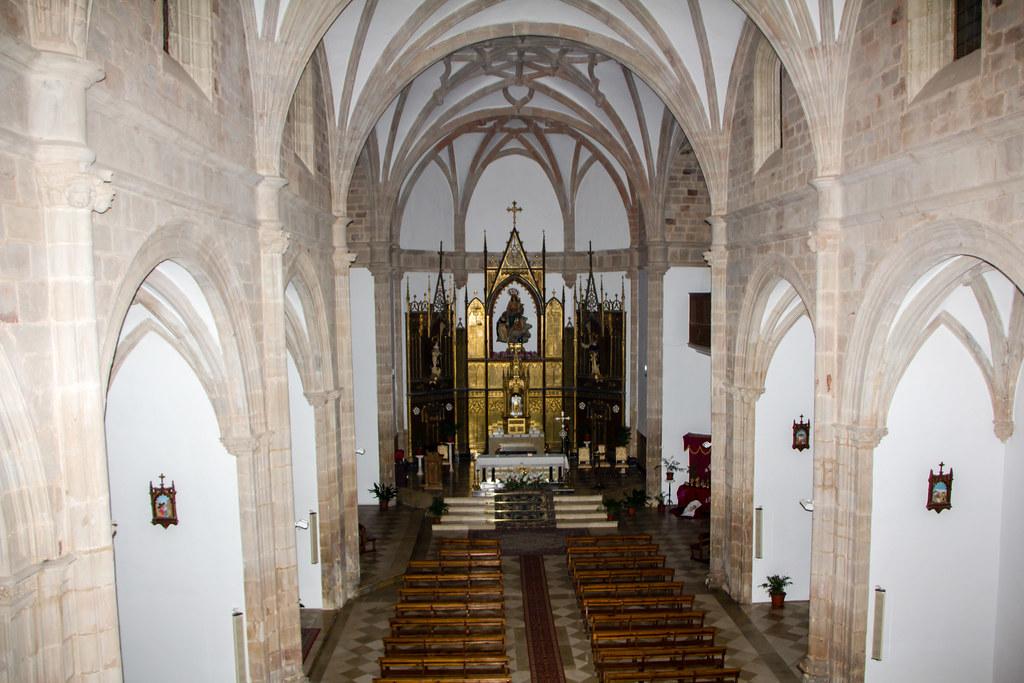altar mayor interior iglesia del Convento de la Asuncion de Calatrava Almagro Ciudad Real