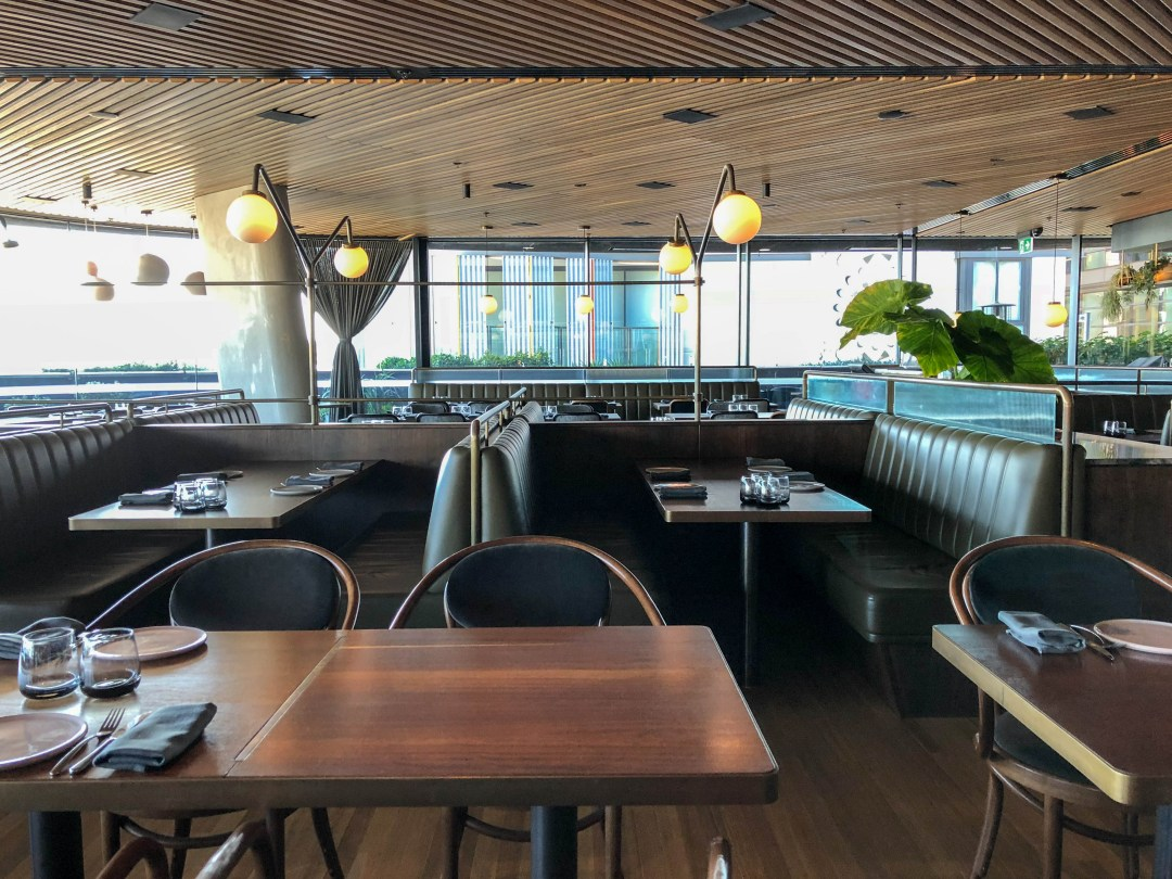 Bea restaurant decor