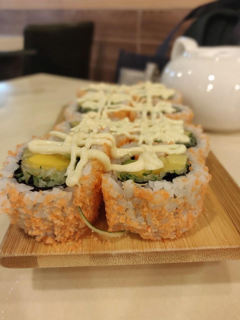 Sin Tak Fook Vegetarian Sushi Hong Kong Mong Kok