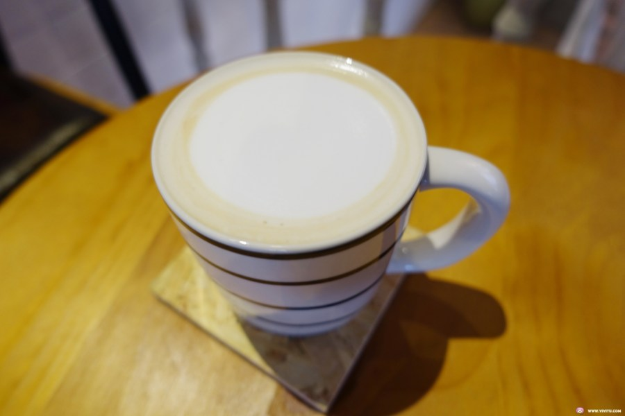 OREO奶昔,ten ten,ten ten cafe,TenTen,tenten咖啡,伯爵奶茶,新開咖啡館,桃園美食,波士頓派,蔓越莓乳酪,藝文特區美食,買一送一,重乳酪 @VIVIYU小世界