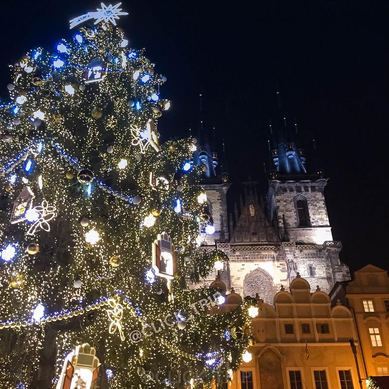 Mercadillos de Navidad en Plaza Ciudad Vieja en Praga | ClickTrip.ES