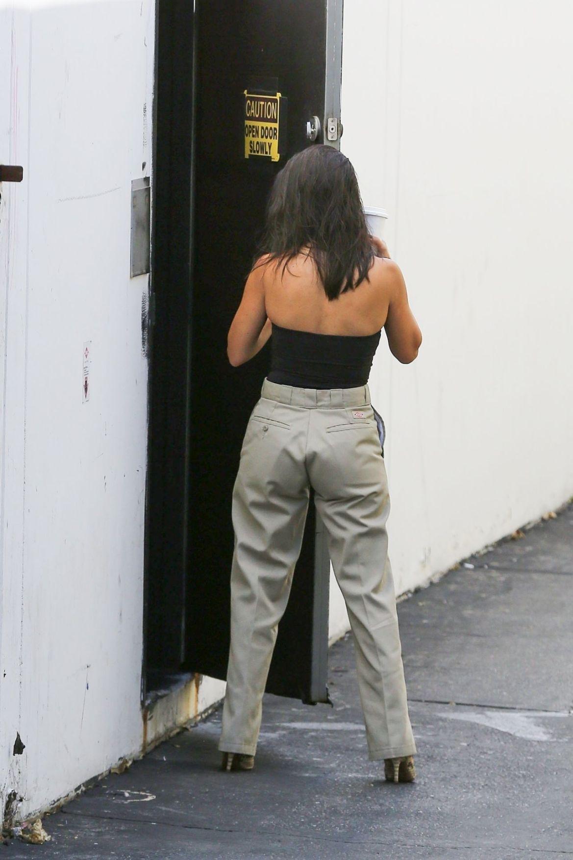 Kourtney Kardashian in Casual Outfit Outside a Studio in LA 2018