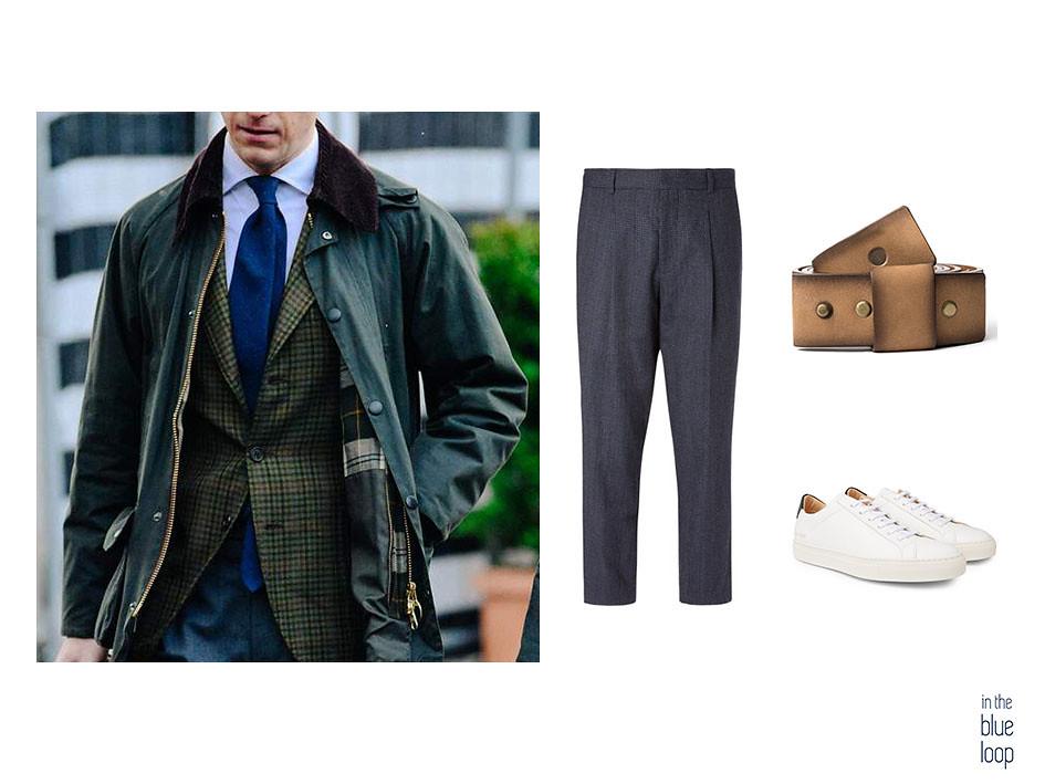 Look smart-casual con sneaker blancas, pantalón de vestir y cinturón Famara en 5 piezas clásicas que puedes llevar a cualquier edad