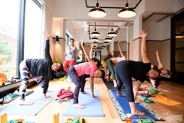 Bentzen Ball Yoga