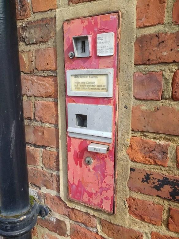 Stamp Machine, Skelton