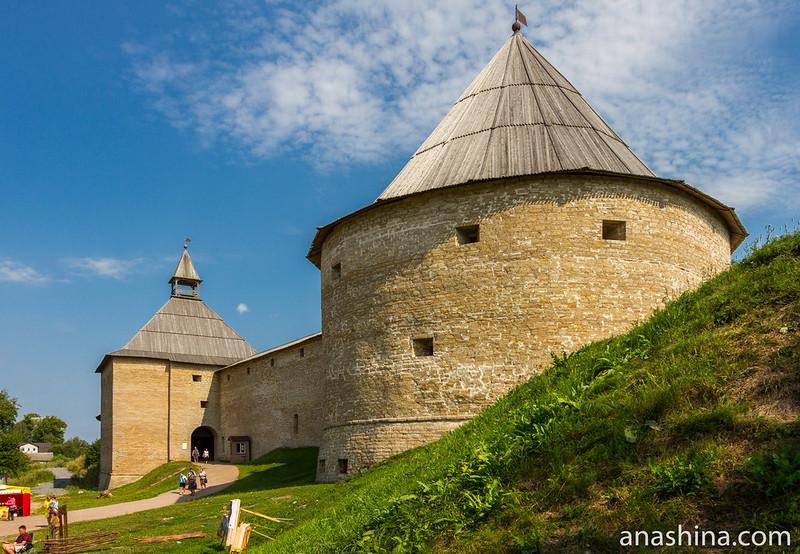 Климентовская и Воротная башни Ладожской крепости, Старая Ладога