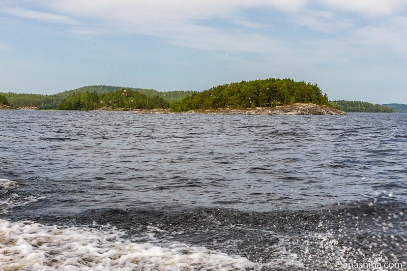 Острова, Ладожское озеро