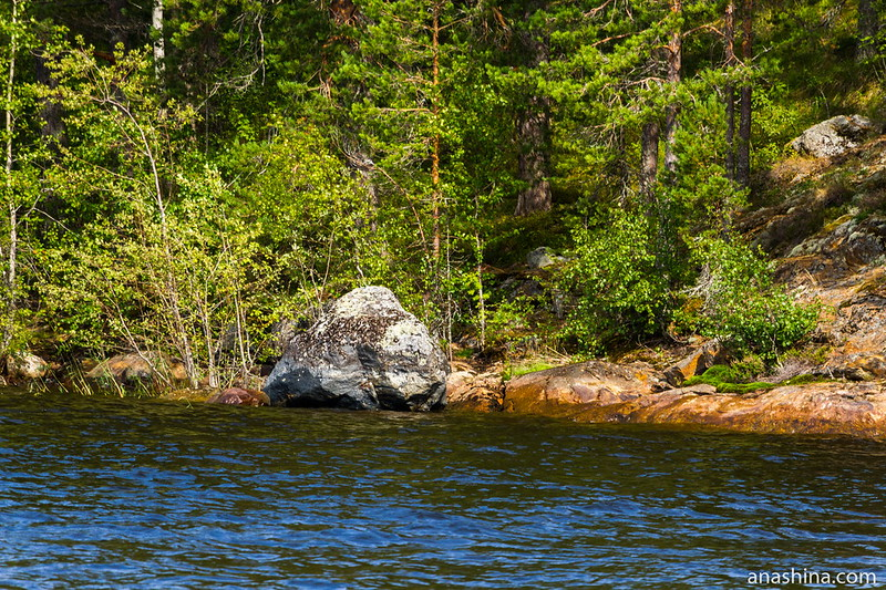 Валун у берега, Ладожское озеро