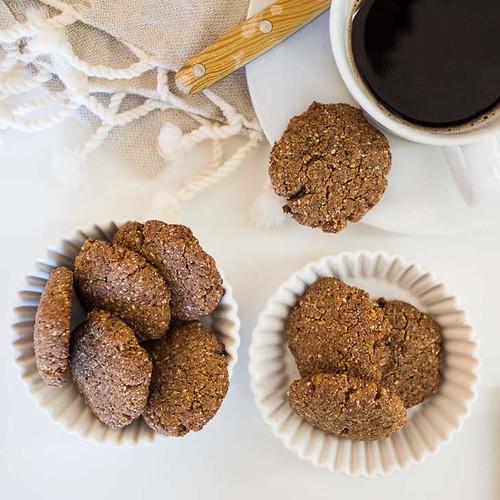 """Keto """"Peanut Nutter"""" Cookies"""