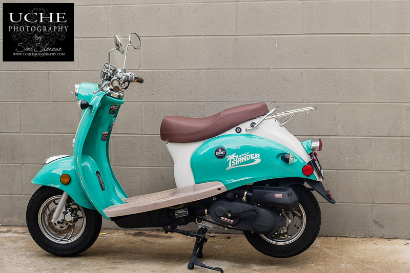 20180916.scooter in the alley