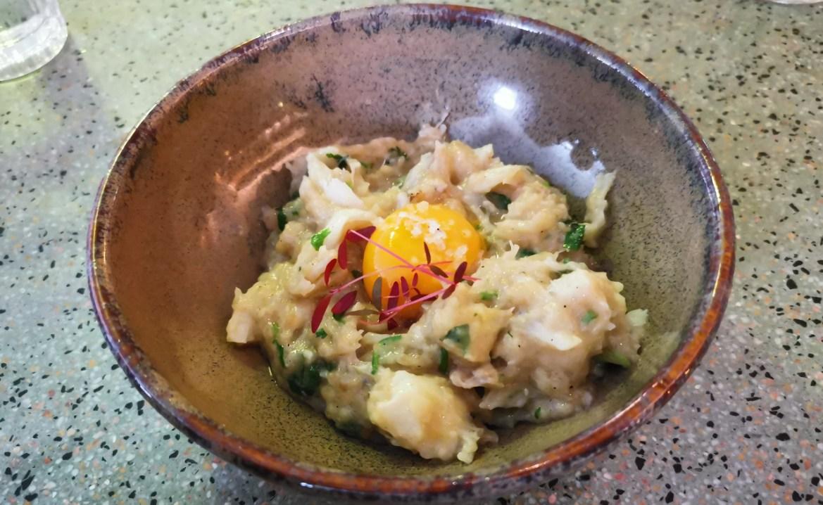 çorda de bacalhau com gema de ovo