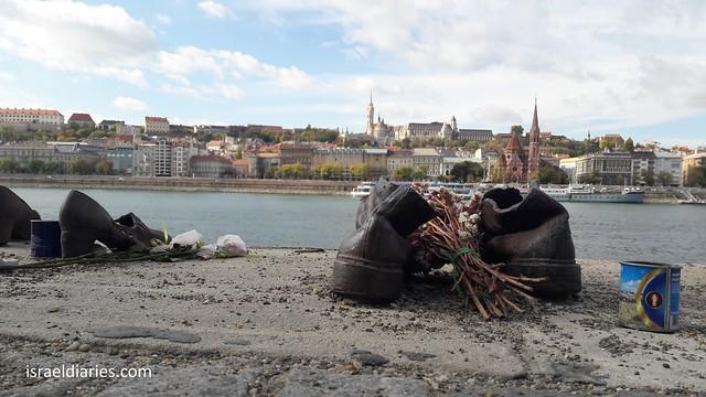 Shoe Monument VI - Budapest