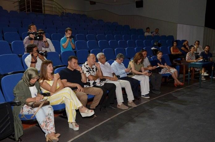 Belediye tiyatrosu 86 bin kişiye ulaştı